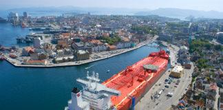 »Navion Stavanger« belongs the Teekay fleet. All shuttle tankers get Sealink VSAT solutions by Marlink