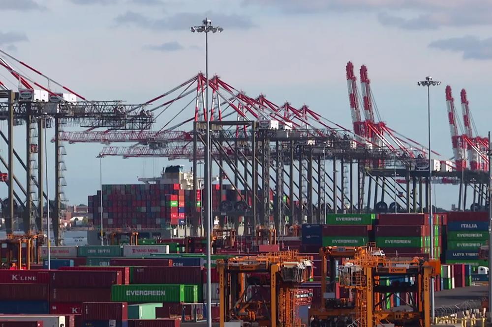 ponynj-new-york-new-jersey-container-terminal - Hansa ...