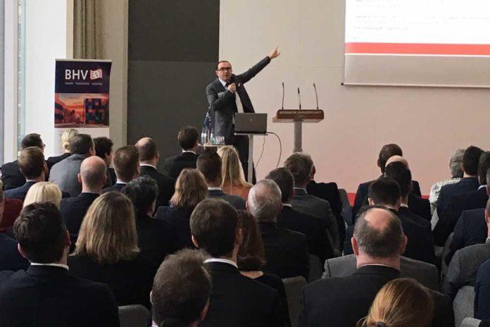 Gabriele Carruba, Partner des Schiffsmaklers THB Shipping and Logistics, London. Die Firma gehört zur Gruppe des Bremer Schiffsmakleruternehmens Transport- Handelsberatungsgesellschaft