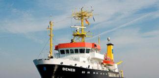 BSH Forschungsschiff Deneb frontal