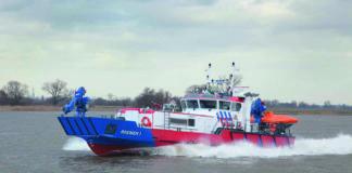 Bremen 1, Feuerlöschboot, Damen